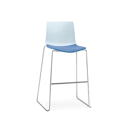 Catifa 46 | Bar stool, sled base | Bar stools | Arper