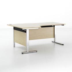 EFG Izi | Individual desks | EFG