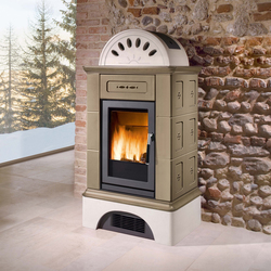 Brunico | Wood burning stoves | Piazzetta