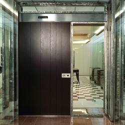 Vela | Entrance doors | Oikos