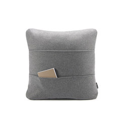 Kangaroo Cushion | Coussins | OBJEKTEN