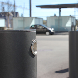 Public Bollard removable barrier post – low-floor bollards | Dissausori | BURRI