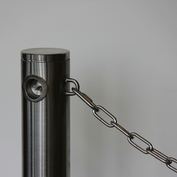 Public Bollard with chain | Bollards | BURRI