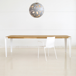 Oak Square | Dining tables | dutchglobe