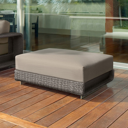 Hamptons 9608 ottoman | Pufs | ROBERTI outdoor pleasure