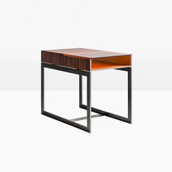 Booker Side Table | Mesas auxiliares | Khouri Guzman Bunce Lininger