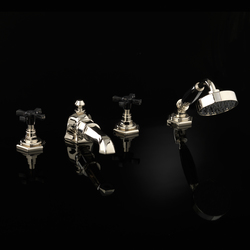 Jubilee Black Cross Vierloch-Badewannensatz | Badewannenarmaturen | Devon&Devon