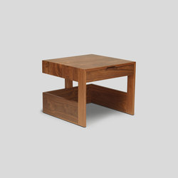 independent knucklehead side table | Tavolini alti | Skram