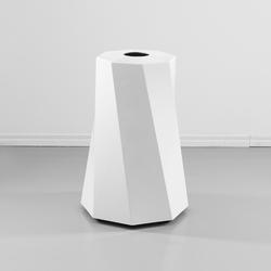 Butler Public | Cubos de basura / papeleras | Jangir Maddadi Design Bureau