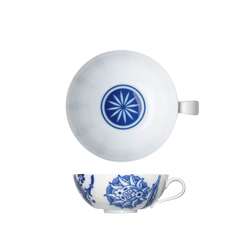 MY CHINA! WUNDERKAMMER Coffee mug | Dinnerware | FÜRSTENBERG
