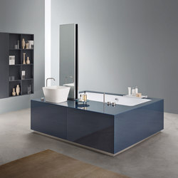 Bathtub - Washbasin System | Mirrors | MAKRO