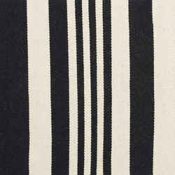 Gaia 2w Black | Rugs / Designer rugs | Johanna Gullichsen