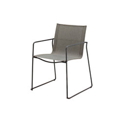 Asta Stacking Chair with Arms | Sillas de jardín | Gloster Furniture