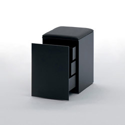 LessLess | Pedestals | UniFor
