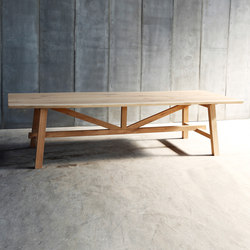Larbus Table | Dining tables | Heerenhuis