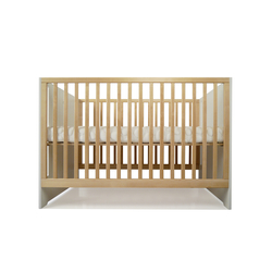 Oliv Crib | Children's beds | Spot On Square