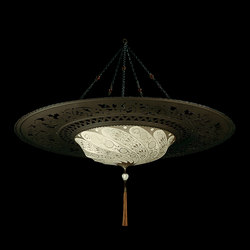 Scudo Saraceno with large ring | Suspended lights | Venetia Studium