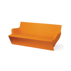 Kami Yon | Garden sofas | Slide