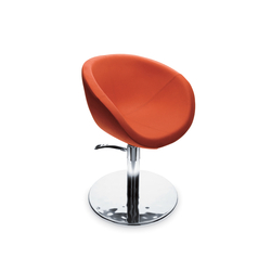 Shoka | GAMMA STATE OF THE ART Styling salon chair | Barber chairs | GAMMA & BROSS