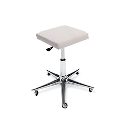 Oneida Cut | GAMMA STATE OF THE ART Styling stool | Barber chairs | GAMMA & BROSS