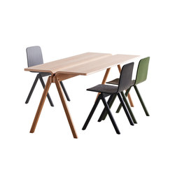 Copenhague Moulded Plywood Table CPH150 | Mesas de lectura / estudio | Hay