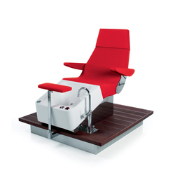 Streamline Deck | SPALOGIC Pedicure station | Pedicure task chairs | GAMMA & BROSS