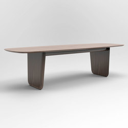 Plinth Table | Esstische | Rich Brilliant Willing