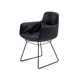 Leya | Armchair High with skid frame | Sillas | FREIFRAU MANUFAKTUR