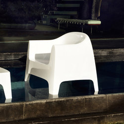 Solid armchair | Garden armchairs | Vondom