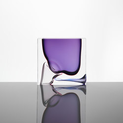 Moments | square purple | Objects | Anna Torfs