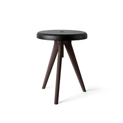 Flip Around, Dark Ash | Side tables | MENU