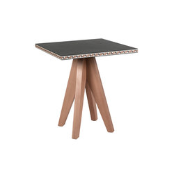 Intarsio Gian & Piero | side table | Mesas auxiliares | strasserthun.