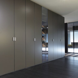 Fitted Sharp wardrope | Cabinets | Poliform