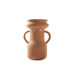Gardenias Vase No. 4 | Bacs à fleurs / Jardinières | BD Barcelona