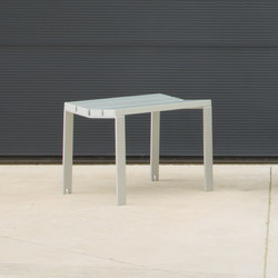 Harpo Backless Bench | Bancs publics | Santa & Cole