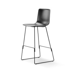 Pato Sledge Barstool | Taburetes de bar | Fredericia Furniture