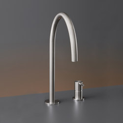 Innovo INV42 | Wash basin taps | CEADESIGN