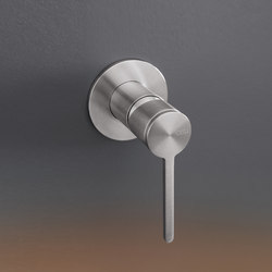 Innovo INV80 | Wash basin taps | CEADESIGN