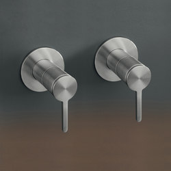 Innovo INV92 | Wash basin taps | CEADESIGN