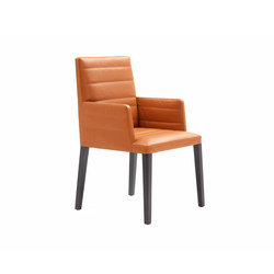 Louise Chair with armrest | Visitors chairs / Side chairs | Poltrona Frau