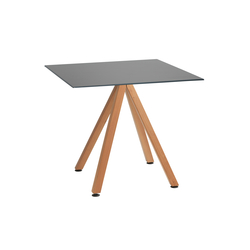 Robinia avec table Elegance | Tables de cafétéria | nanoo by faserplast