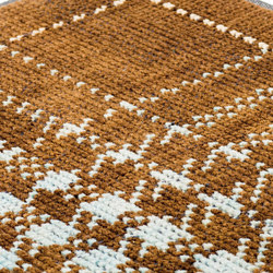 Glen hi land brown, pastel green & ivory | Alfombras / Alfombras de diseño | kymo