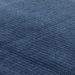 Suite STHLM Wool light denim | Formatteppiche / Designerteppiche | kymo