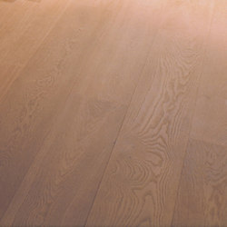 OAK Clear wide-plank brushed | extreme white oil | Wood flooring | mafi