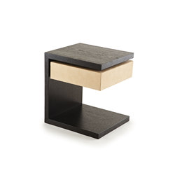 Vesey Side Table | Mesas auxiliares | Naula