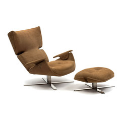 Paulistana Lounge Chair with Ottoman | Armchairs | Espasso