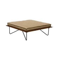 Zumbi Chaise | Stools | Espasso