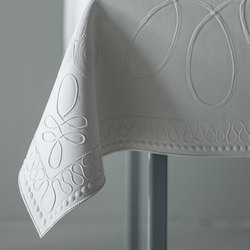 Table skin embroidery | Accessoires de table | Droog