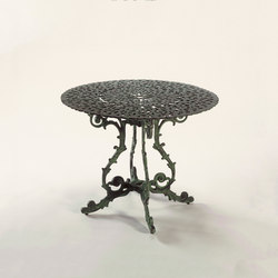 Brownian Table | Tables à manger de jardin | Oxley's Furniture