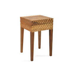 Quiet Table | Stool | Tavolini alti | Zanat